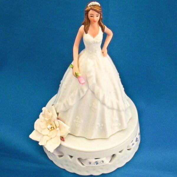 Porcelain Debutante Caketopper