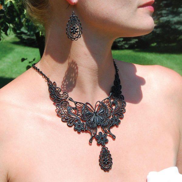 Butterfly Jewelry Set in Black