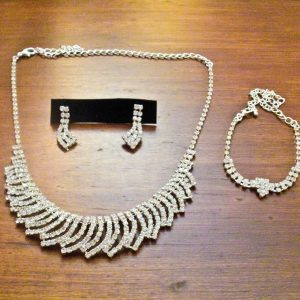 Radiance Jewelry Set in Silver