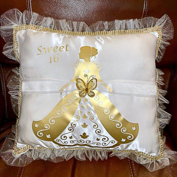 Debutante Pillow for the Shoes in Gold