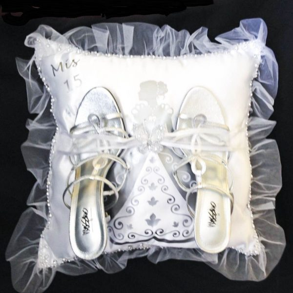 Debutante Pillow for the Shoes