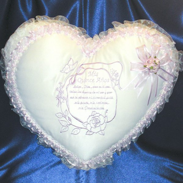 Kneeling Pillow with Quinceanera Prayer in Lavender